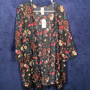 Time and Tru~ Black floral kimono One size